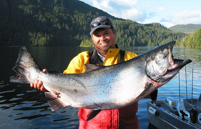 salmon-fishing-chinook-coho-queen-charlotte-BC